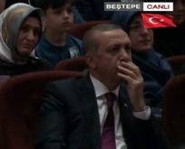 Cumhurbaşkanı Erdoğan ve Başbakan Yıldırım gözyaşlarını tutamadı!