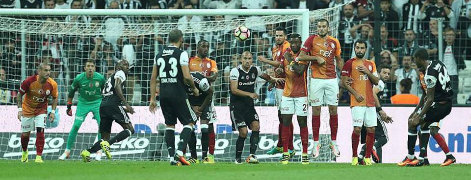 Beşiktaş - Galatasaray maçı Twitterı salladı
