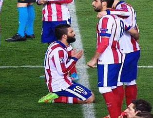 Futbolcunun 'Dua'sı..