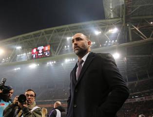 Galatasaray'da Tudor, gidecek isimleri belirledi!