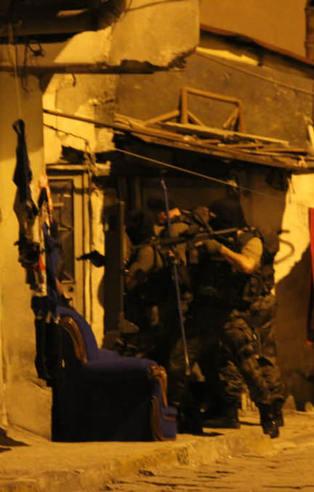 İstanbul'daki şafak operasyonu