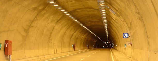 Karahan Tüneli'nden araç geçi�leri ba�lad�