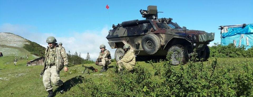 PKKlı teröristler silahlarını bırakıp kaçtı!