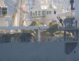 Rus askeri gemisi Bo�az'dan böyle geçti