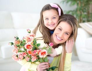 Anneler gününe özel hediye seçenekleri