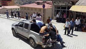 Hakkari'de silahlı saldırıya uğrayan astsubay yaralandı