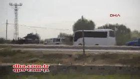 Karakola 2 ton bombayla saldırdılar!... 2 şehit, 24 yaralı