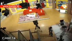 Deprem televizyon kanalını böyle salladı