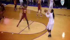 Kadın basketçinin basket atış tarzıyla olay oldu!