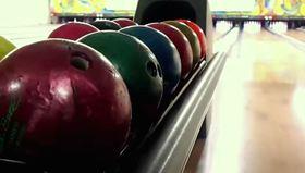 Bowling topunun içinde ne var?