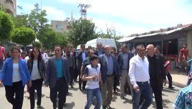 Terör örgütü sloganı atan HDP'liler TOMA ile sulandı