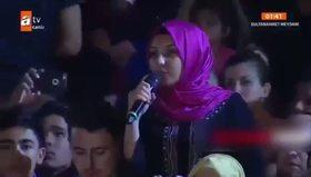 Görme engelli kızın sorusu Nihat Hatipoğlu'nu şaşırttı