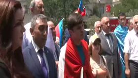 Azerbaycan'dan Türkiye'ye destek