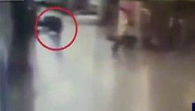 O teröristin vurulduğu anlar kamerada