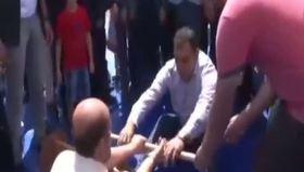 Bilal Erdoğan ve Hamza Yerlikaya'dan mas güreşi