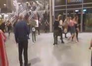 İngiltere'deki saldırı sonrası panik anları kamerada