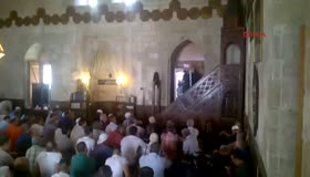 Sırbistandaki FETÖcüler camide olay çıkardı
